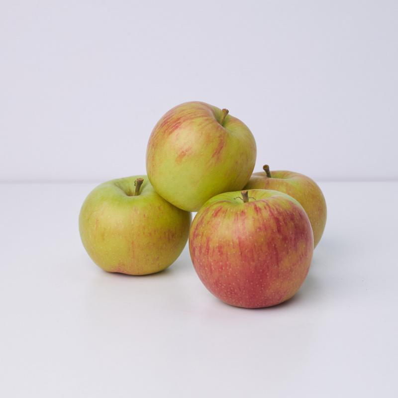 Јаболка Јонаголд