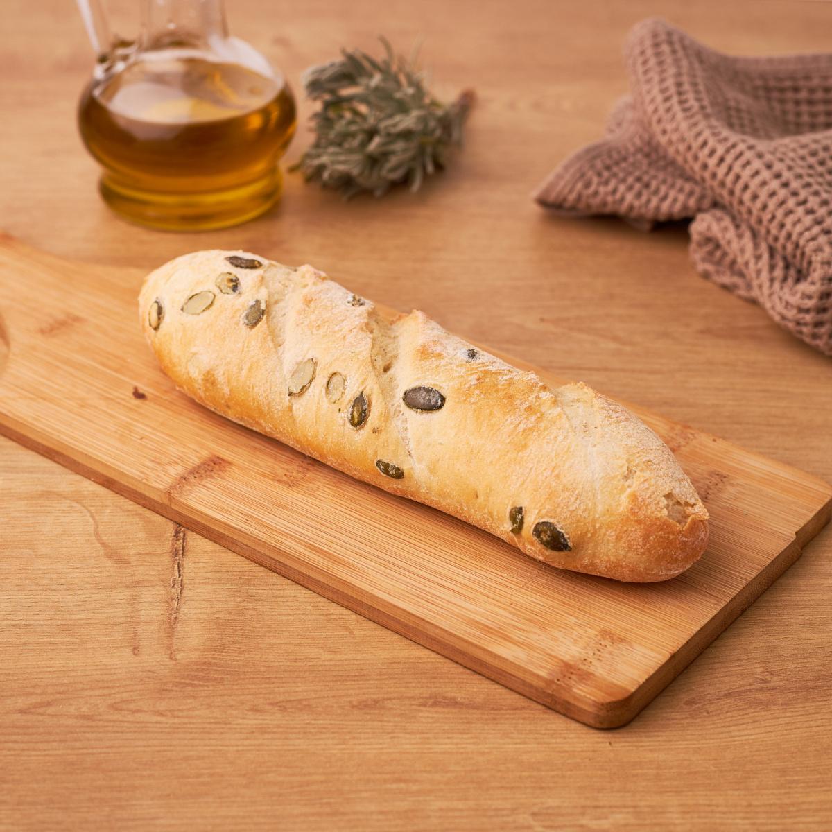 Рустичен багет со кисело тесто и семки од тиква