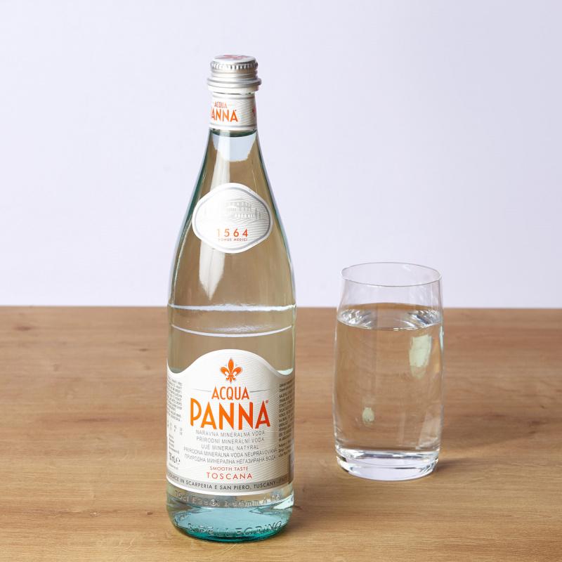 Негазирана вода Acqua Panna стакло