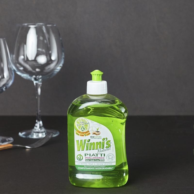 Еколошки сјај за садови со зелен лимон и цвет од јаболко