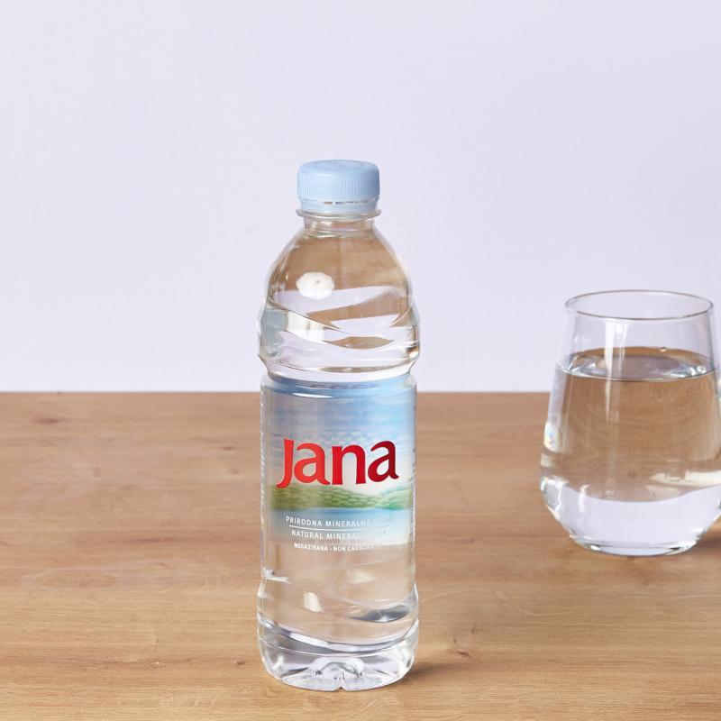 Минерална негазирана вода Jana