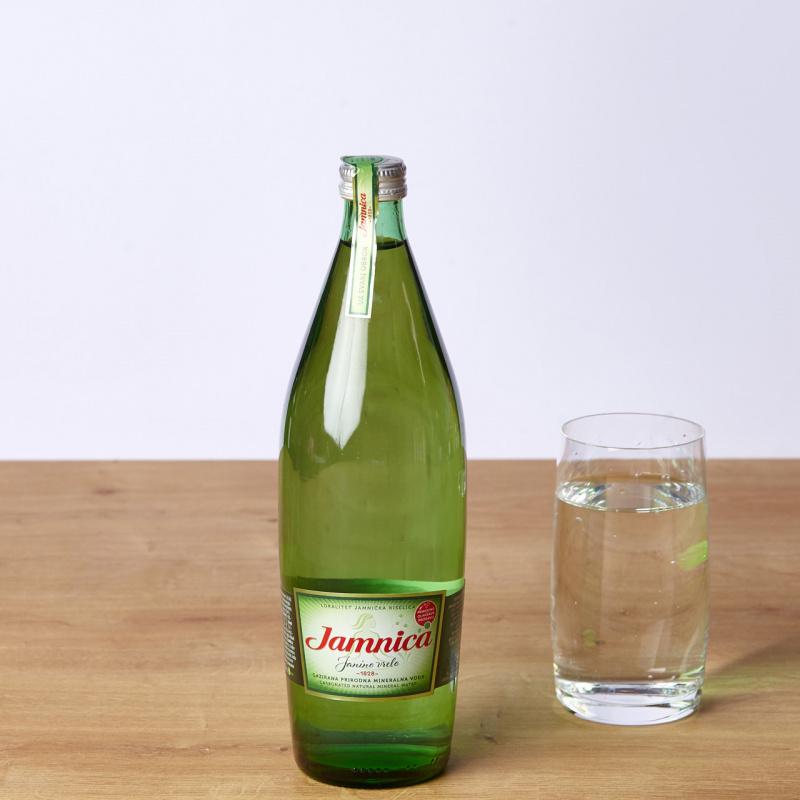 Газирана вода Jamnica стакло