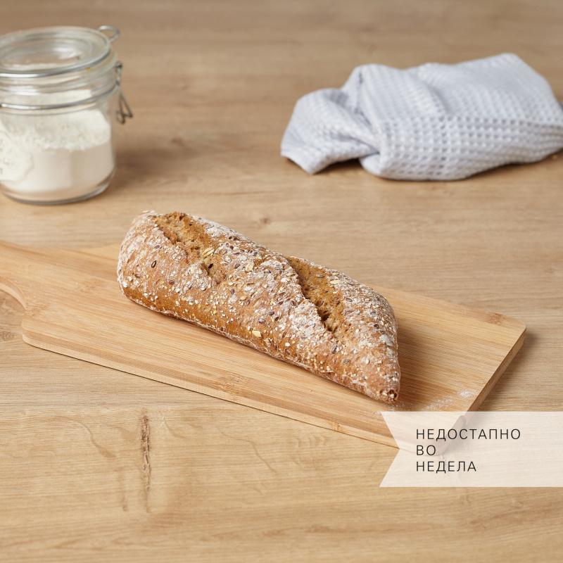 Рустичен полубагет со  хељда и кисело тесто