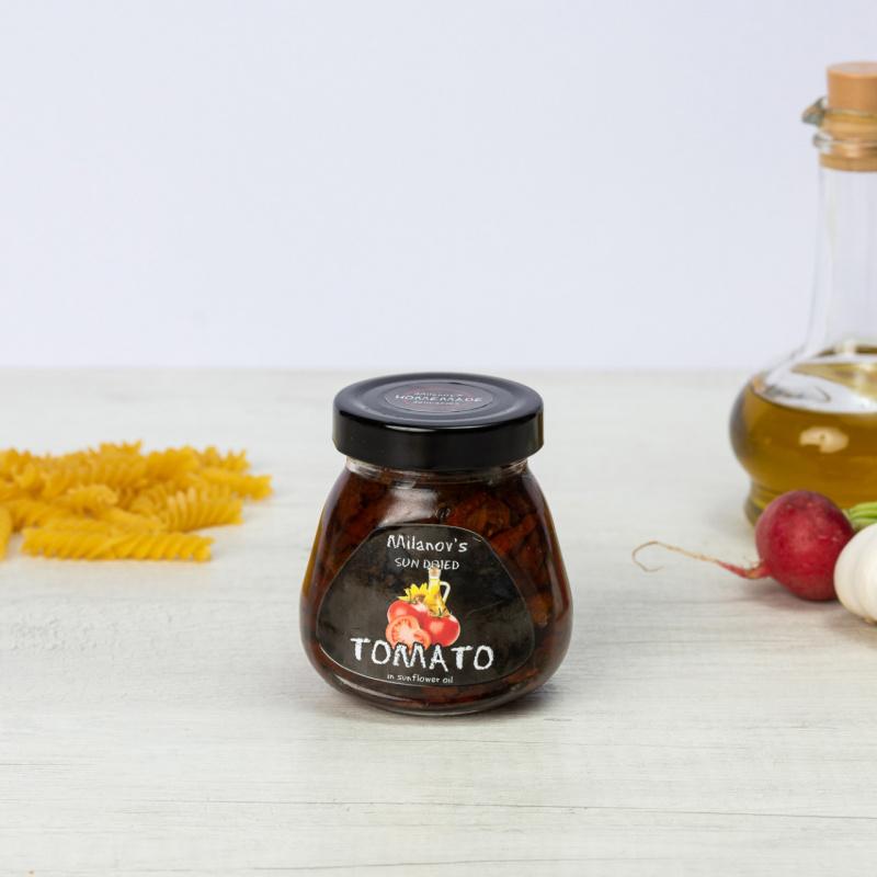 Сушен домат во сончогледово масло